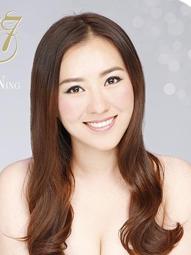 亚洲小姐24强出炉<br>半裸纯美宣传照博眼球
