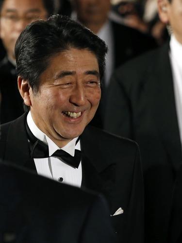 东京国际电影节开幕安倍亮相