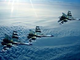 华空军首次赴西太平洋开展远海训练