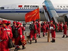 中国伊尔76援尼泊尔被迫返航待命