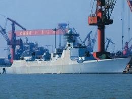 卫星图曝光中国在建至少7艘052D舰