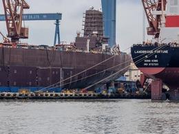 曝中国国产航母即将下水 或部署南海