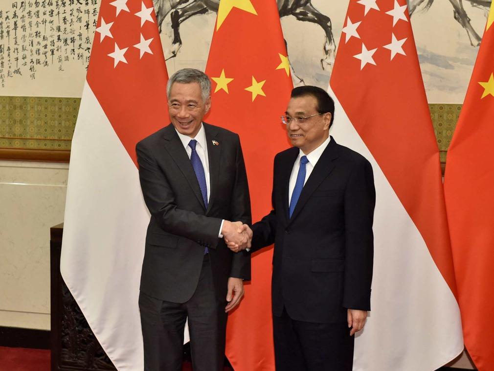 李克强访新加坡发署名文章 大陆不再视其为师(图)